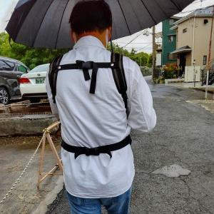雨の中リュックで おでかけ \(^o^)/