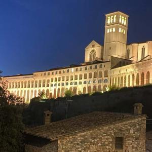 【前編】アッシジ(Assisi)の歩き方:中世イタリアの街並みを味わう