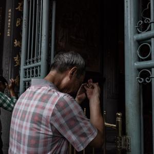 祭壇の前の手印 (台湾)