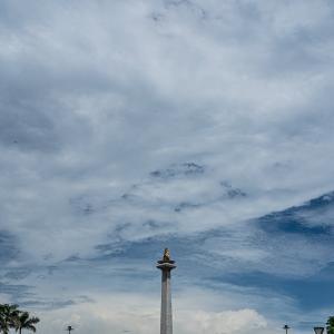 月曜日はモナスの閉館日 (インドネシア)