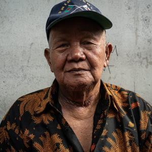 帽子をかぶった老人 (インドネシア)