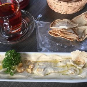 フムスが美味しいオシャレなアラビアン・バー【KLの中東料理店】
