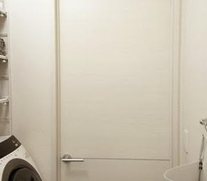 狭い洗面所の収納