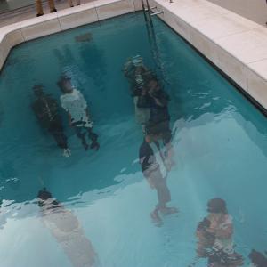 【金沢】21世紀美術館の観光は事前にチケットを。プールは有料に