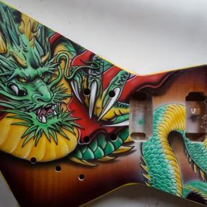 エアブラシアートギター タイからのエクスプローラー