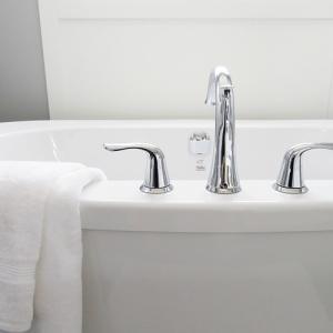 危険がいっぱいの入浴介助。必ず守りたい5つのポイント
