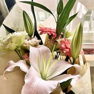 イチゴフラッペとお花