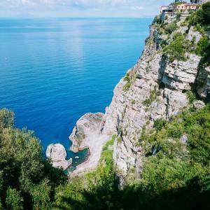・イタリア・ 惚れ惚れする海岸!アマルフィコースト