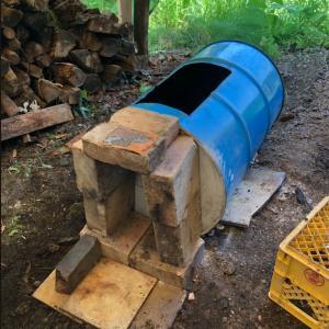 ドラム缶竹炭窯❗️