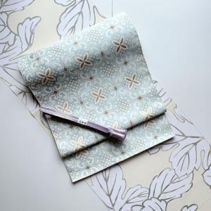 【 着物コーディネート 】デザイン性の高い小紋に織楽浅野の帯