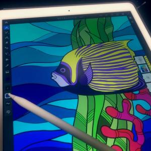 AdobeFrescoで海水魚イラストを描く!スマホケースデザイン