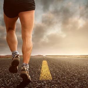 運動会で速く走るためのコツとは?