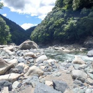 ヤマメ釣り/清涼の渓歩き(宮崎県西米良村)