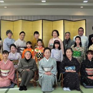 藤間知枝主宰「令和3年・藤友会おどり初め」を1/24(日)中里温泉・藥師の間で開催しました。
