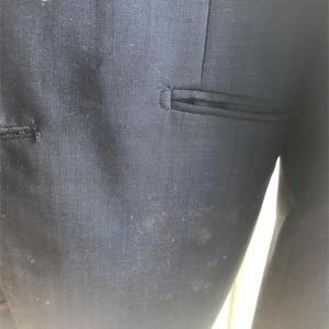お金をかけずにスーツのカビを取る方法(借金おじさんバージョン)