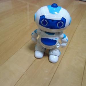 ロボット VS 猫(=^・・^=)