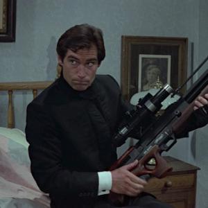 【凡作】007 リビング・デイライツ_重厚な話を軽く描く(ネタバレあり・感想・解説)