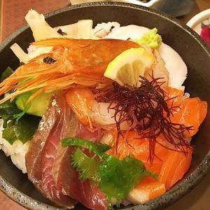 仙台駅「みやぎ乃」日替わり海鮮丼ランチがコスパ良し!ご当地グルメも堪能