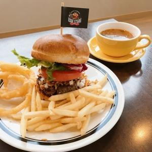仙台宮町「エッジストア」粗挽き肉のハンバーガーが絶品!夜カフェにもおすすめ