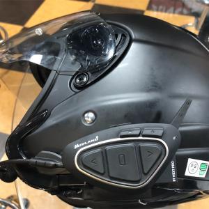 バイク用インカム Midland BT NEXT PRO Light を装着