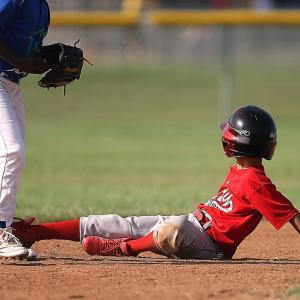 走塁を小学生に教える