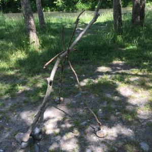 キャンプ場で見たマナーが悪い残しもの…何でこんな事が出来るの?