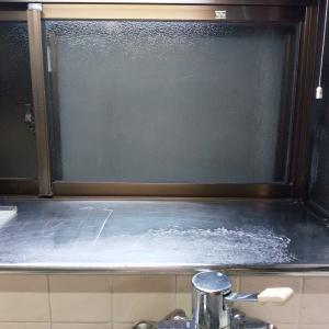 掃除キッチン出窓Before/After
