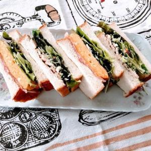 生食パンのサンドウイッチ