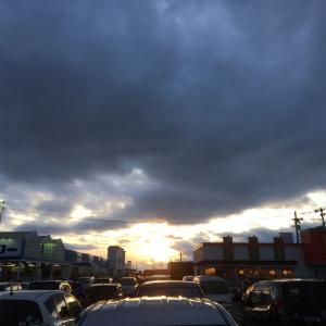 晴れ、夕方俄か雨