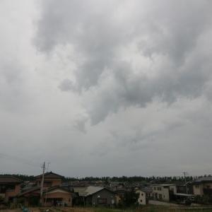 雲多いが、天気の大きな崩れなし