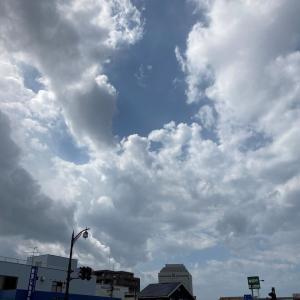 発達した積雲系の雲多し