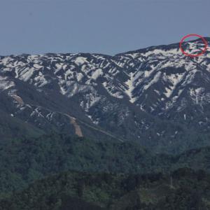 二王子岳、蒜場山の雪形