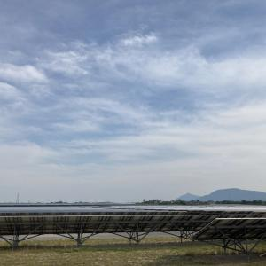 砂丘地の大規模太陽光発電所(メガソーラー)
