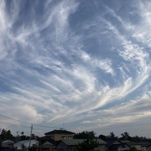 台風北上、上層雲広がってくる
