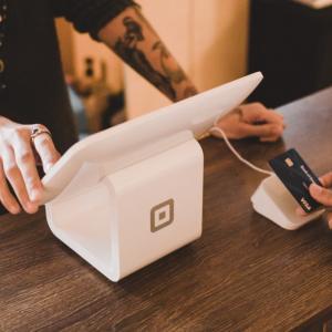 カナダでのクレジットカードの作り方とお得にポイントを貯める方法【オススメ】
