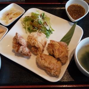 ごくちー 極鶏.Barフレスポ若葉台EAST店 でランチに極鶏からあげ定食を実食!1つが大きくて食べ応えあり!