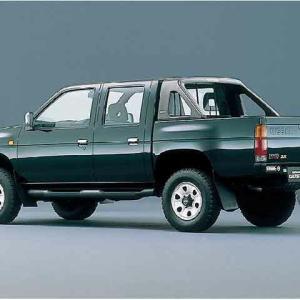 初めて買った車はダットサントラック