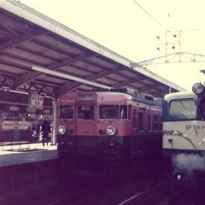 2755.  昭和52年の横浜駅 165系&EF58