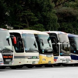 2802.  ふそう車 4 VS Jbus車 4