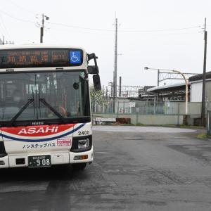 3062.  樋川駅東口 ターンテーブル エルガミオ