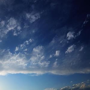 ソラにはね、そのときにしかない雲のかたちがあるんだよ