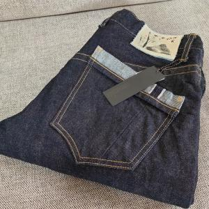 新しいジーンズ(commonplace)の紹介