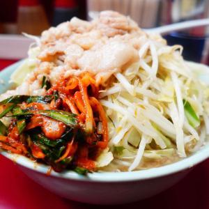 ラーメン二郎 中山駅前店 - ピリ辛にらだれ検証。大衆食堂のラーメン感と味噌ラーメン感が増すような感覚?