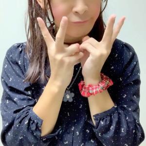 紺のワンピースとローファー☆