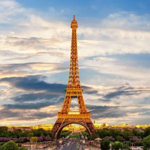エミリーパリに行くーあらじんもパリに行きたい!