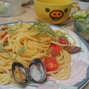 収穫したディルでランチを作ってみた【アサリのパスタ・クリームスープ・エビサラダ】