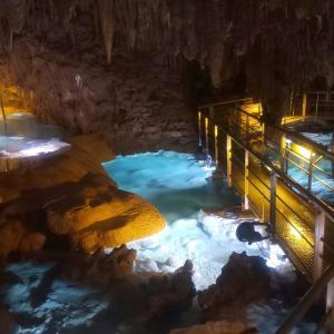 国内最大級の鍾乳洞! ライトアップが美しい玉泉洞を探検してきた | 休業直前のおきなわワールドに行ってきた 旅行記その2