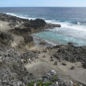 沖縄最東端の島「北大東島」にある沖縄海|干潮時のみ現れる幻の海~九州・沖縄の島を巡る旅 その28~
