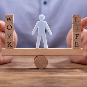 働き方改革で残業がなくなり困る人vs喜ぶ人の考え方の違い