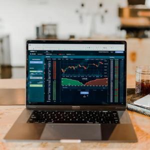 コロナ・ショックによる株価大暴落は投資初心者にとって10年に1度の大チャンス